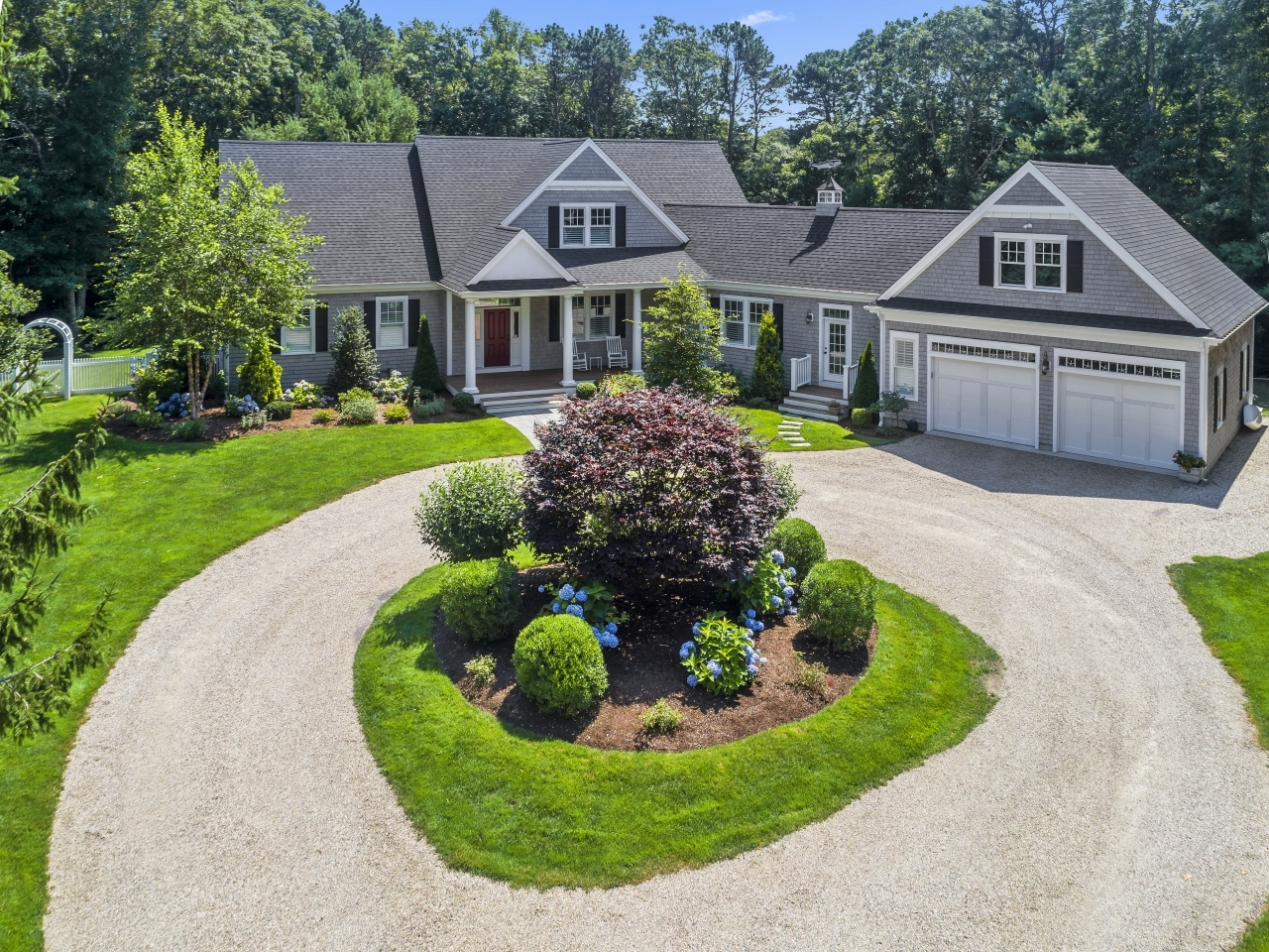 SOLD by Griffin Realty Group | 29 Hathaway Rd Osterville, Ma 02655 | MLS # 21905589